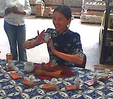 125. The Chinese tea ceremony
